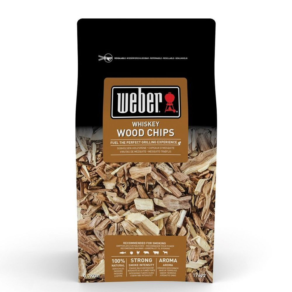 Weber 0.7kg Whisky Wood Chips - 17627