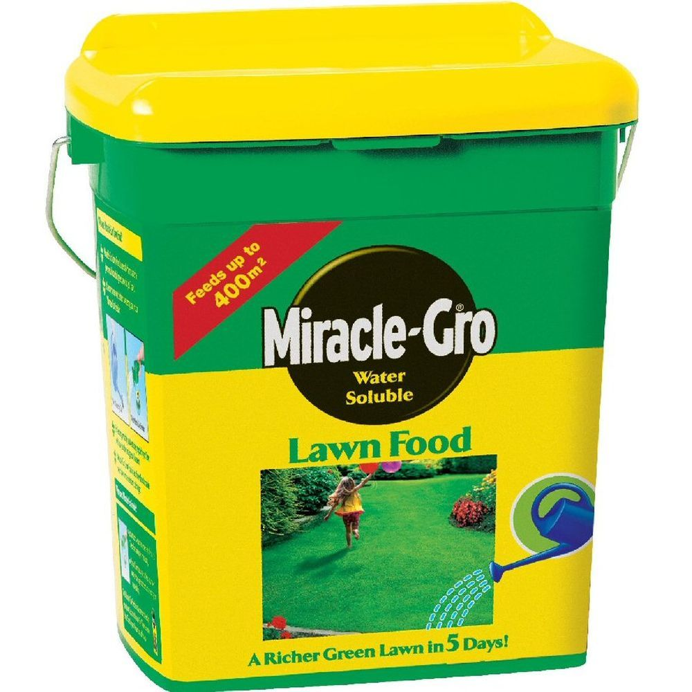 Miracle-Gro 2kg Water Soluble Lawn Food