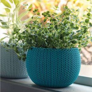 Stewarts 28cm Grey Cozies Planter with Chain